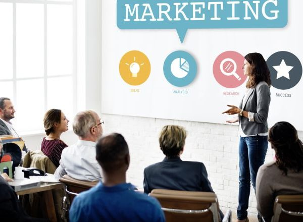 Đào tạo nhân viên Marketing